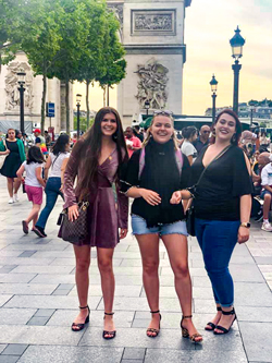 Sydney Carbo, Virginia Mims and Sarah Rogers pose for a photo at Arc de Triomphe while sightseeing in Paris. They were in France for the Fondation Bell'Arte's Paris International Summer Sessions.